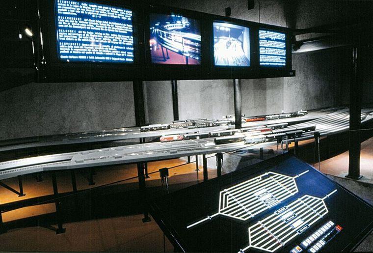 Eisenbahnmuseum innansicht.jpg