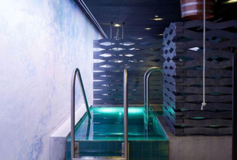 sauna stadtbad zuerich.jpg