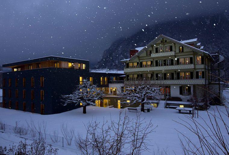 villa winter.jpg