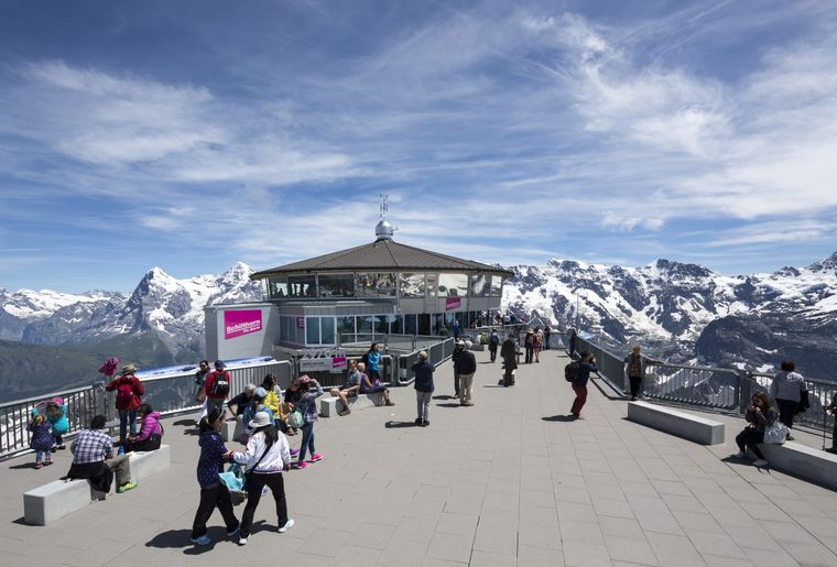 Schilthorn Piz Gloria Bern Oberland Jungfrau Aussichtsplattform.jpg