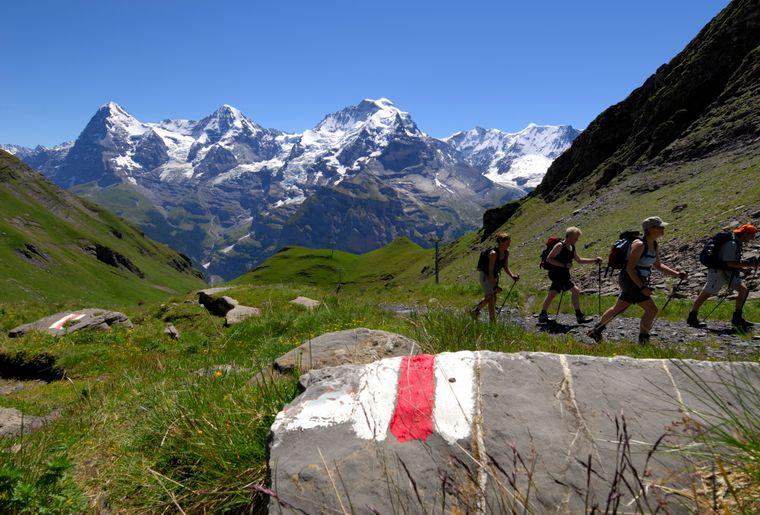 Schilthorn Piz Gloria Bern Oberland Jungfrau Schilthorn_Hiking_1.jpg