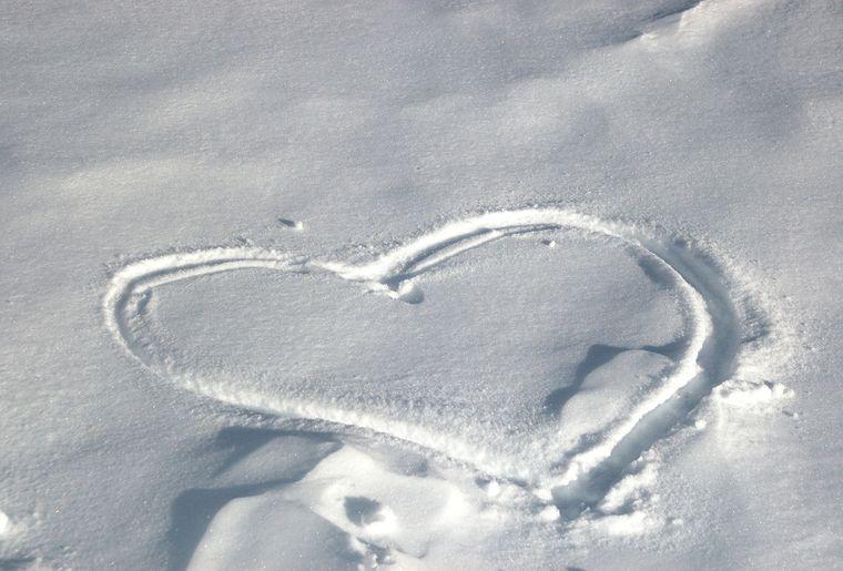 snowheart-1312534-1279x850.jpg