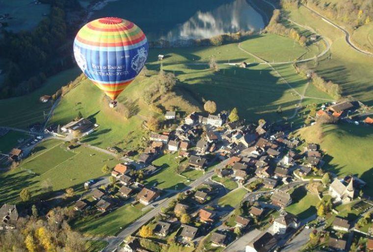 Ballon_chateau_d_oex5.jpg