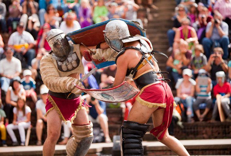 Augusta_Raurica_Gladiatoren_am_groessten_Roemerfest_der_Schweiz_Foto_Susanne_Schenker.jpg