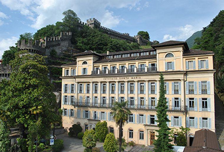 Jugendherberge Schweiz Bellinzona Schloss Montebello.jpg