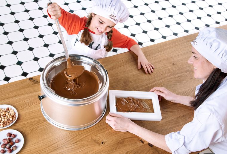 Chocolarium_Giesskurs_red.jpg