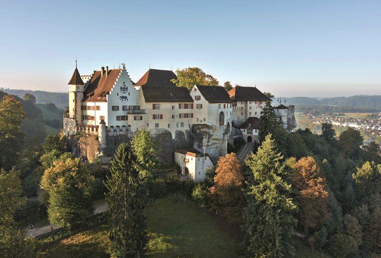 Schloss_Lenzburg.jpg