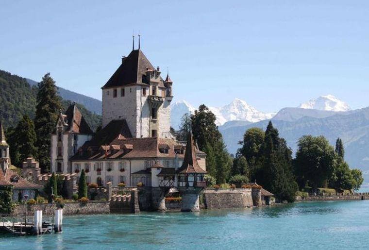 Schloss_Oberhofen.jpg