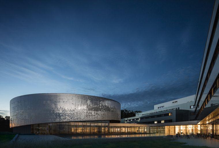 AQUATIS_Hotel & Konferenzzentrum und das Aquarium-©Fernando Guerrera.jpg