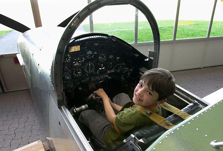 Fliegermuseum_Dueb1.jpg