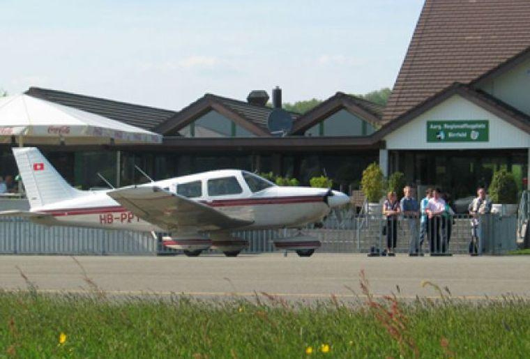 Flughafen_Birrfeld.jpg