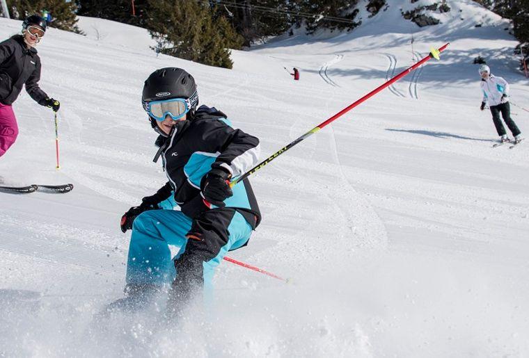 Skifahren_Mythenregion_1300x480.jpg