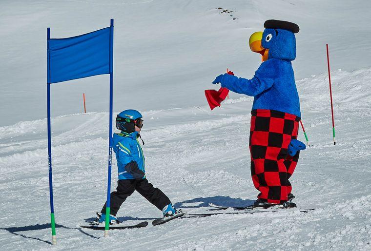 Gian und Globi fahren Ski.jpg