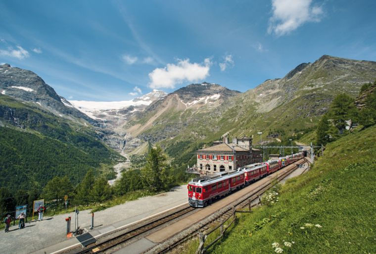 Copyright by Rhaetische Bahn - Swiss Travel System By-line swiss-image.ch - Marcus Gyge.jpg