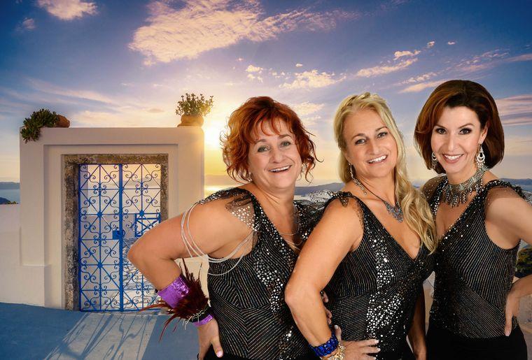 MAMMA-MIA_Rosie-Gigi-Moto_Donna-Monica-Quinter_Tanya-Patricia-Hodell.jpg