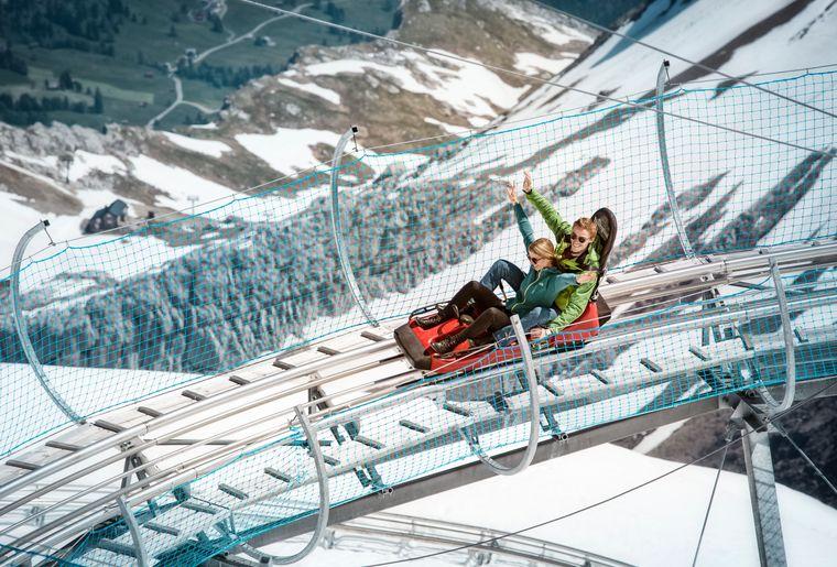 AlpineCoaster(c)Glacier3000 (2).jpg