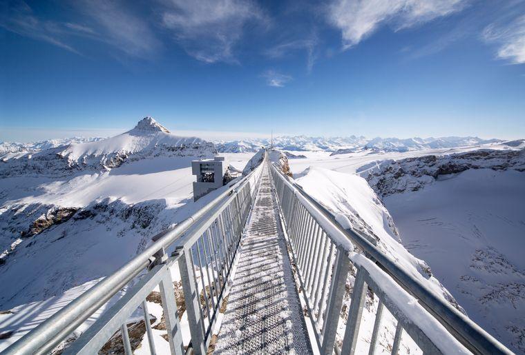 PeakWalkbyTissot_(c)Glacier3000 (2).jpg