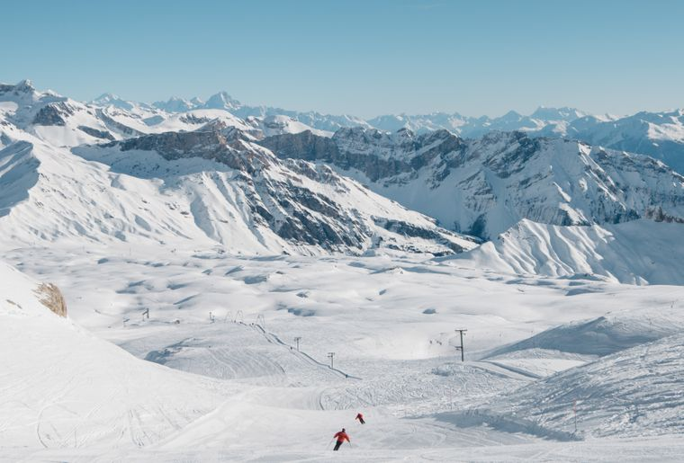 Glacier(c)Glacier3000_Raphaeldupertuis.jpg