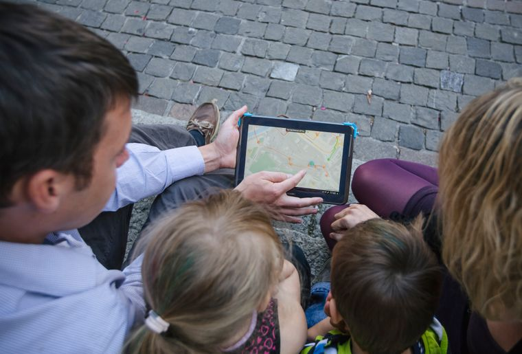 YlBR Yverdon Ete tablette famille visite ville©Gui.JPEG