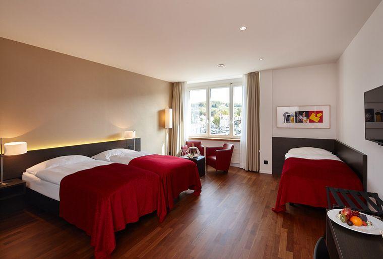 Hotel-Banana-City-Winterthur_Familienzimmer_2.jpeg