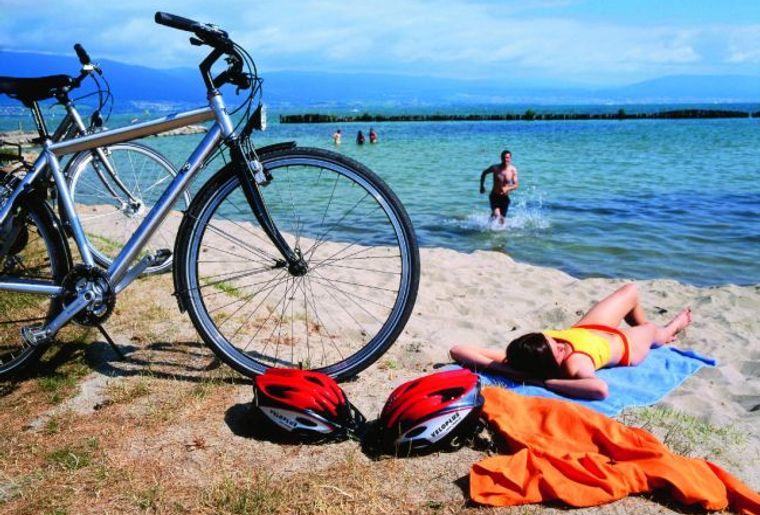 Strand von Estavayer-le-Lac© Region Fribourg.jpg