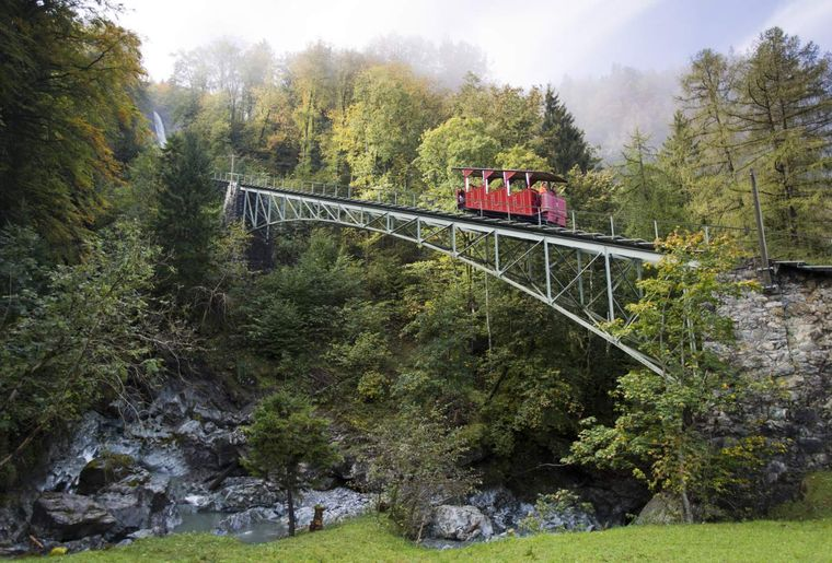 Grimselwelt 2Reichenbachfall-Bahn_Bild KWO_Foto David Birri.jpg