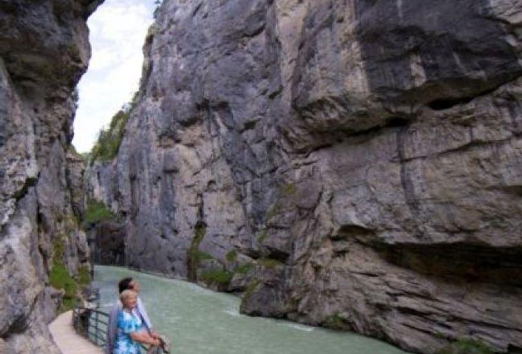 Aareschlucht-Grand Canyon im Berner Oberland.jpg