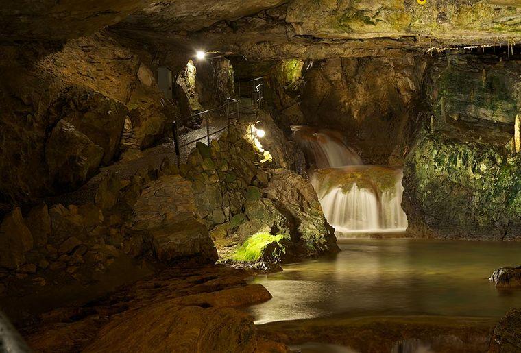 st. beatus höhle 2.jpg