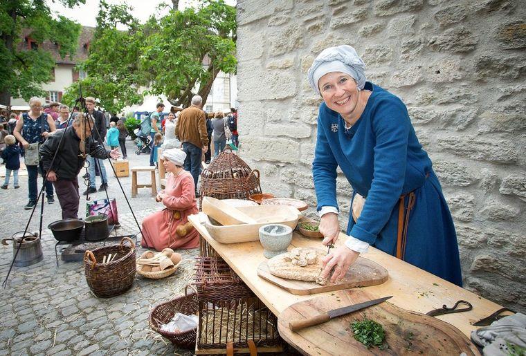 Mittelaltermarkt Schreibstube c Kanton Aargau.jpg