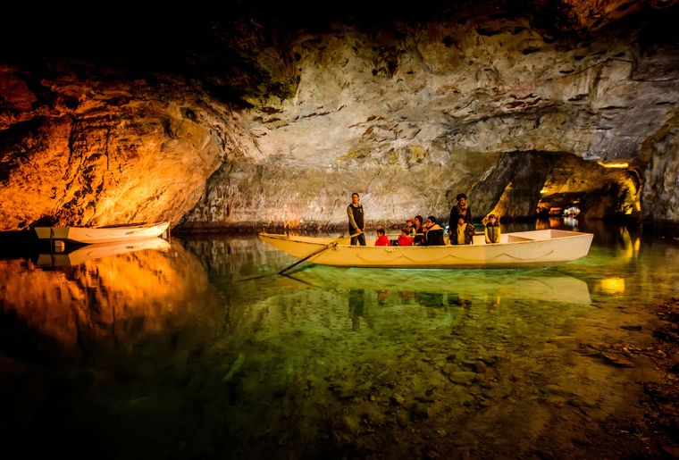 Unterirdischer See – St-Léonard