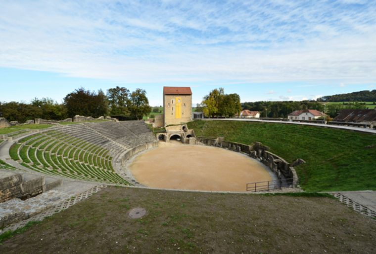 Amphitheater Avenches.jpg