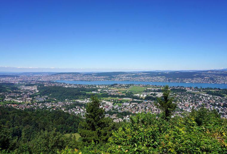 Zürichsee_R_Zürich.jpg
