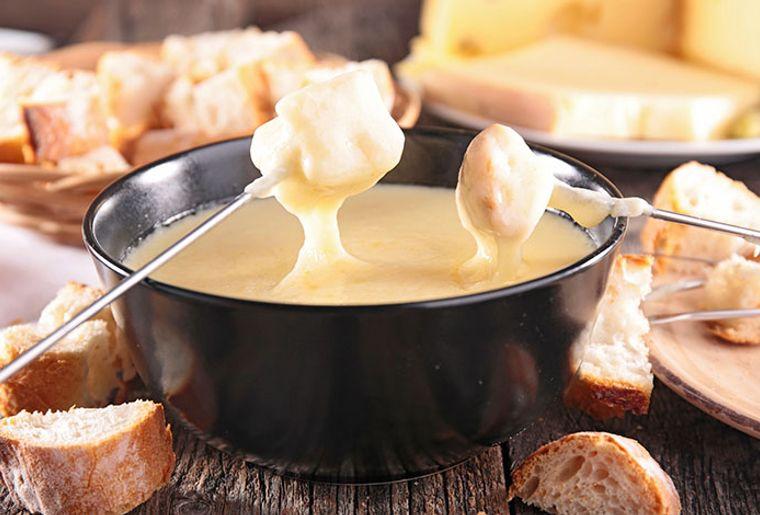 fondue_caquelon.jpg