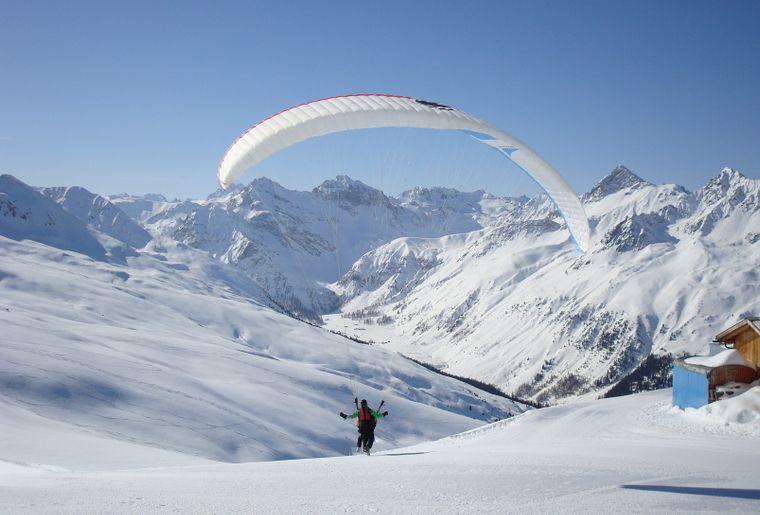 Joyride Paragliding Davos 012.JPG