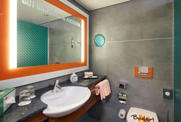 M-Budget-Hotelzimmer 3.jpg