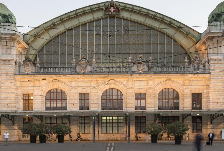 Bahnhof Basel SBB Aussenansicht.jpg