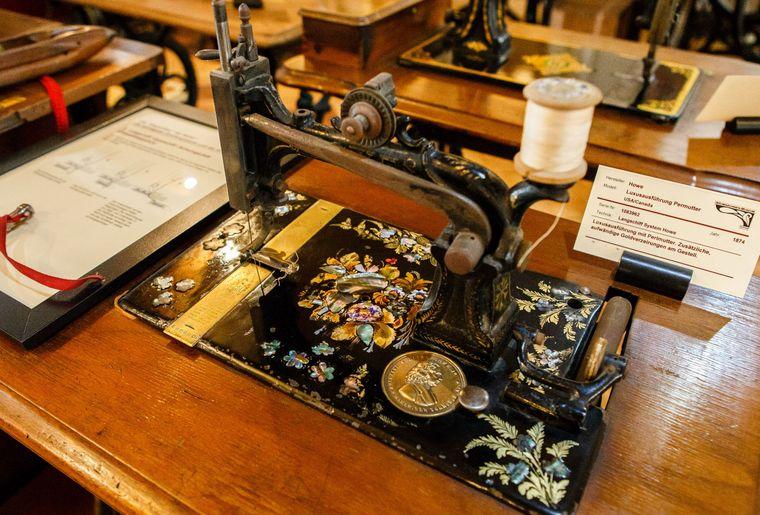 naehmaschinen-museum0005small.jpg
