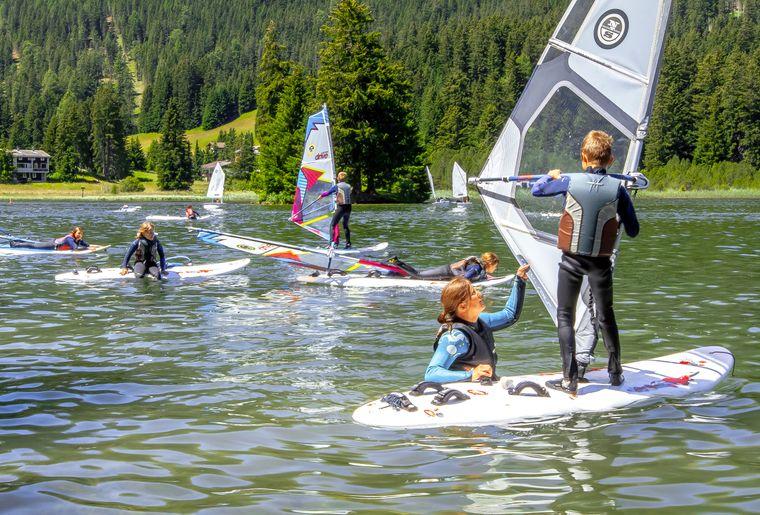 Surfschule Kids c Ferienregion Lenzerheide.jpg