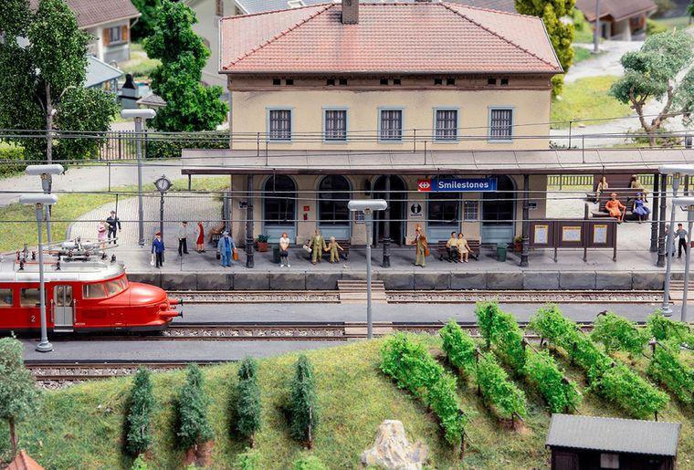 Smilestones – Miniaturwelt am Rheinfall