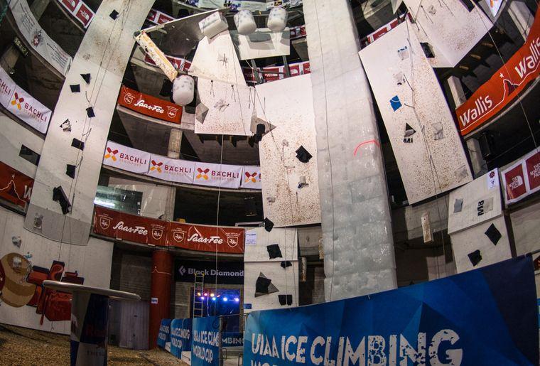 Ice Climbing World Cup Saas-Fee c UIAA Diego Schläppi.jpg
