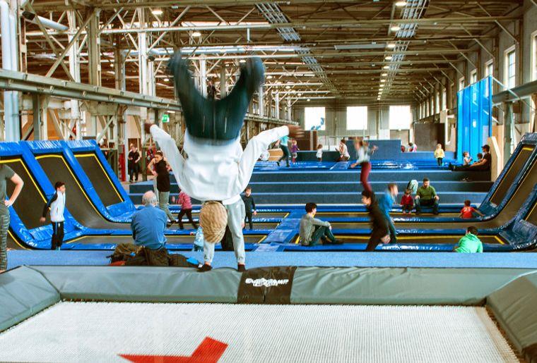 trampolin-slider.jpeg