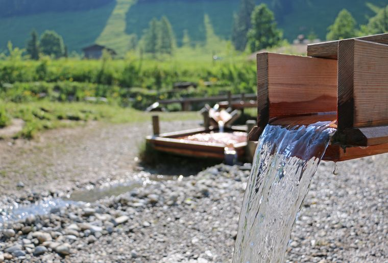 Wasserspielplatz_UB_002_Rahel Mazenauer.JPG