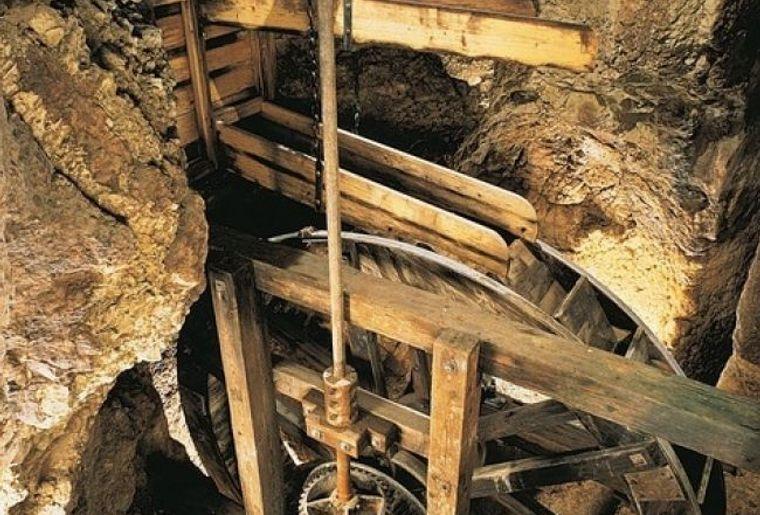 Unterirdische Mühlen vom Col-des-Roches