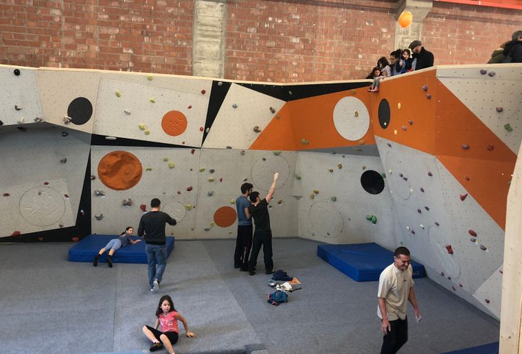 Momentum Olten Boulder.jpg