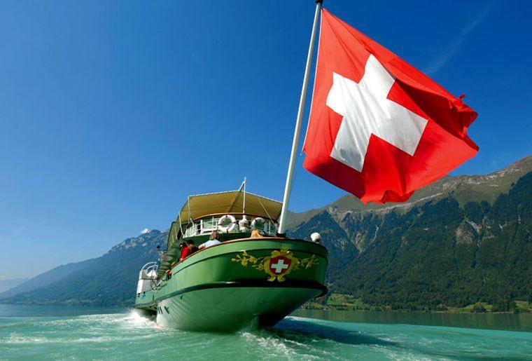 Schifffahrt Schweiz - Thunersee.jpg