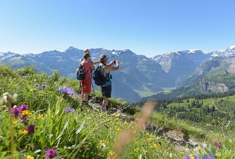 Panoramawanderung-Braunwald-2_reference.jpg
