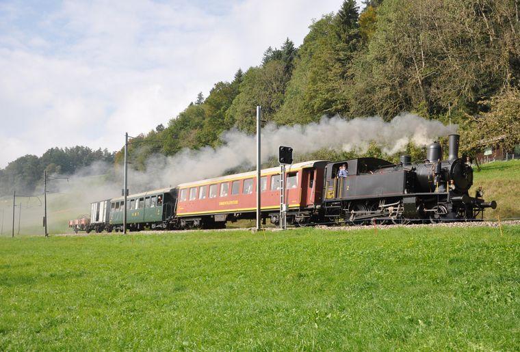 GmP mit Dampflok SMB Nr. 2 bei Schönbrunn.JPG