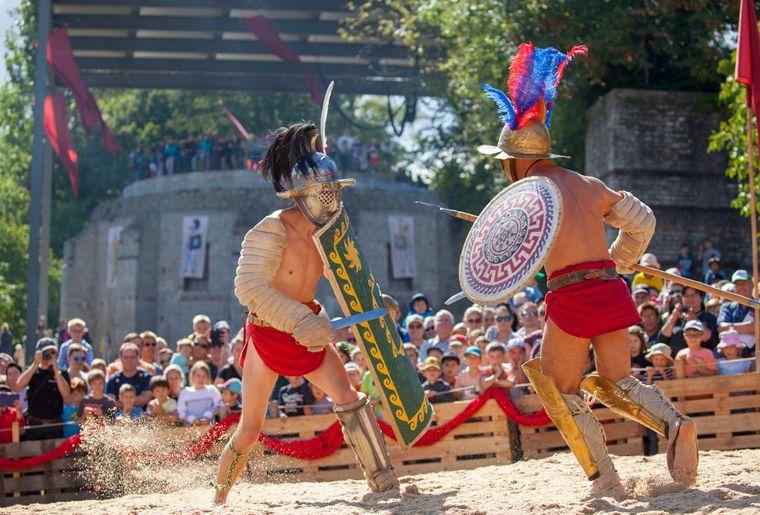 Augusta Raurica_Roemerfest 2019_Gladiatorenkampf in der Arena_fuer Druck_Foto_Susanne Schenker.jpg