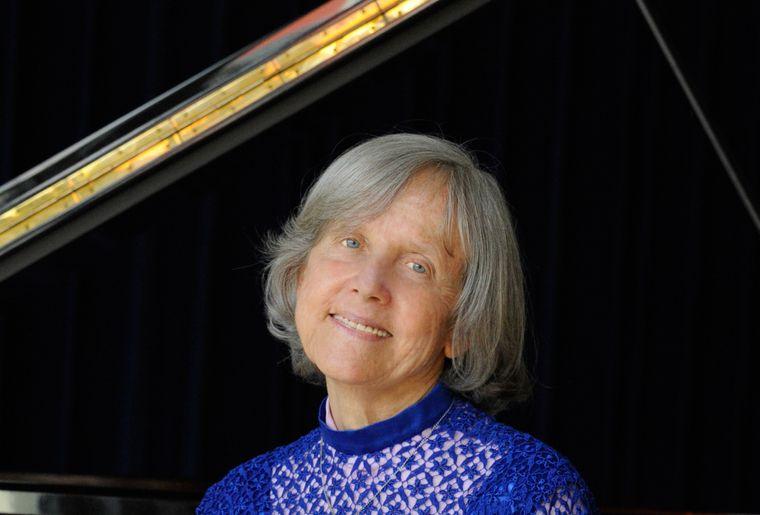 Klavierezital Silvia Harnisch.jpg