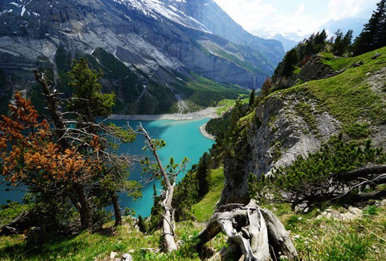 Heuberg-Aussicht-Unesco-Welterber-Oeschinensee.jpg